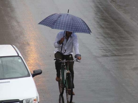 Frente fria chega a Uberbaba com chuva e queda de temperatura