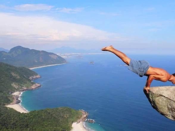 Conheça a Pedra do Telégrafo localizada na Barra de Guaratiba no Rio de Janeiro