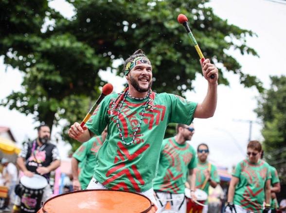 8 Blocos em Brasília para curtir o sábado de carnaval