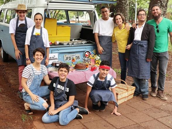 Projeto em Brasília promove inclusão de jovens com transtorno