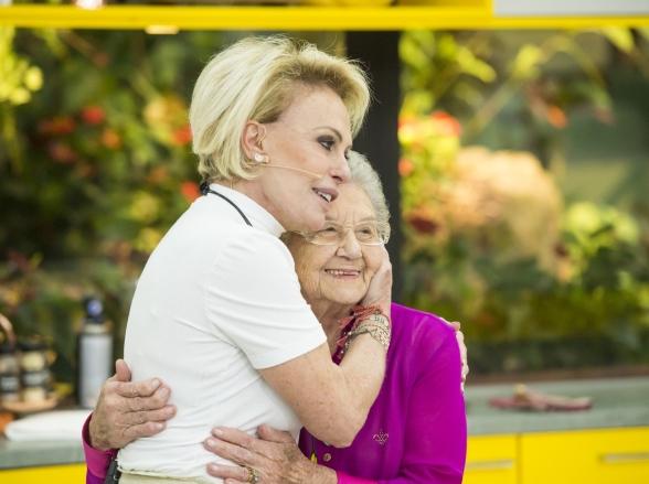 Após 20 anos, Palmirinha se emociona ao reencontrar Ana Maria Braga 'Hoje Posso Morrer'
