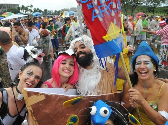 Carnaval: blocos em Brasília começam nesta sexta-feira, 21