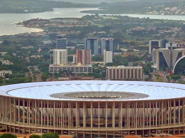 Estádio Mané Garrincha se transforma em hospital de campanha durante pandemia do coronavírus no DF