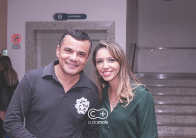 """Comédia """"Acorda pra Cuspir"""" com Marcos Veras"""