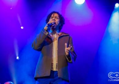 Flamboyant in Concert com Djavan