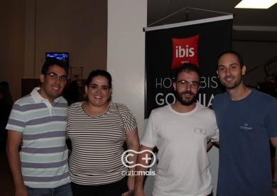 """Rafael Cortez e Banda Pedra Letícia """"MDB – Música Divertida Brasileira"""""""