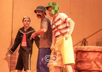 "Espetáculo infantil ""A Turma do Chaves"""