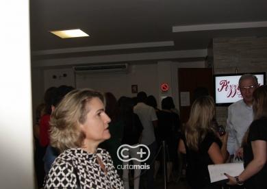 """Espetáculo """"Enfim, Nós"""" com Fernanda Vasconcellos e Cássio Reis"""